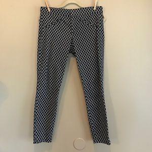 GAP Pants - Gap Ultra Skinny Diamond Printed Crop Pants