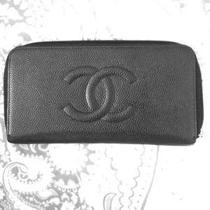 CHANEL Handbags - Chanel classic caviar leather zip wallet