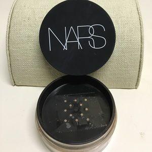 NARS Other - NARS soft velvet loose powder