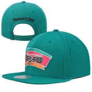 Mitchell & Ness Other - Mitchell & Ness San Antonio Spurs Snapback Hat