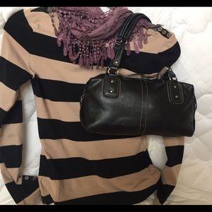 Relic Handbags - Relic shoulder or handbag. Black. Adorable! 🖤