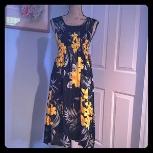 Dresses & Skirts - Floral boho dress