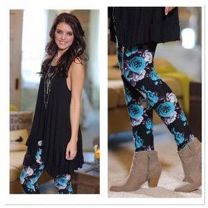 Infinity Raine Pants - ✨2 for 35 sale✨ Floral print leggings OS