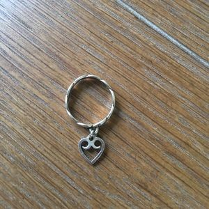 James Avery Jewelry - Twisted Wire Dangle Ring with Heart Charm.