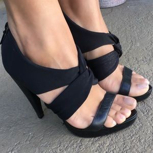 Report Signature Shoes - Report Signature Black Platform Heels size 7.5