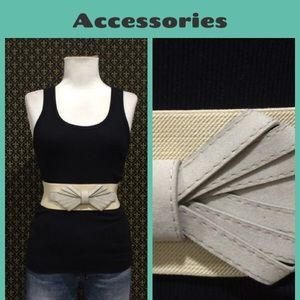 Anthropologie Accessories - Anthro Bow Front Belt