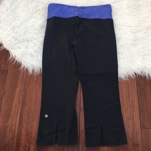 lululemon athletica Pants - Lululemon Semi Fitted Cropped Yoga Pants
