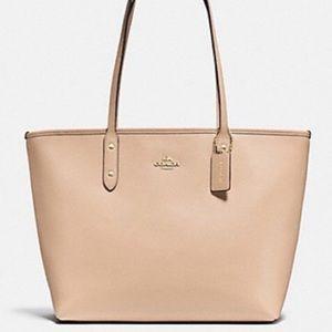 Coach Handbags - PRICE DROP♥NWT Coach Leather City Zip Tote Handbag
