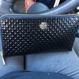 Tory Burch Handbags - Tory Burch trifold zipper wallet