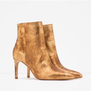 NWT Zara Gold Leather Ankle Boots