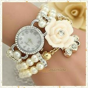 *SALE* NWT Pearl Double Wrap & Banded Watch