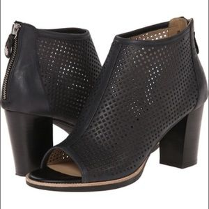 Geox Shoes - Geox D New Callie 1 black peep toe bootie
