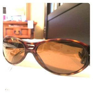 Persol Other - Persol tortoise frame brown lens sunglasses
