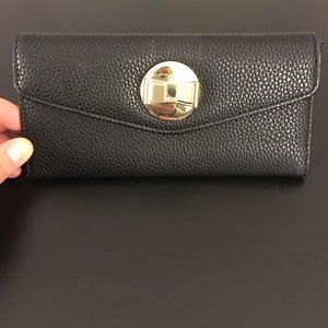 Lulu Handbags - Wallet