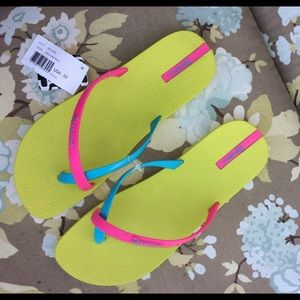 IPANEMA Shoes - NWT IPANEMA FLIP-FLOPS!!