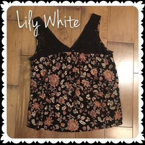 Lily White Tops - Lily White • Floral Blouse Sleeveless XL Black