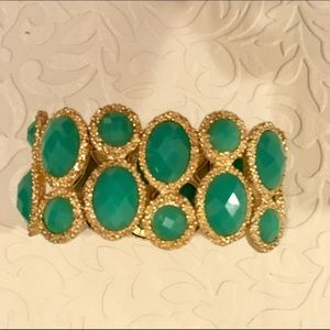 Aldo emerald green stretchy bracelet