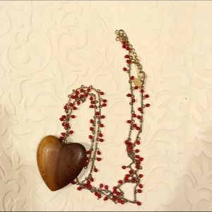 Express heart bead wood necklace
