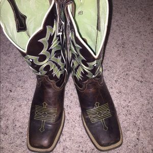 Ariat Tombstone boots