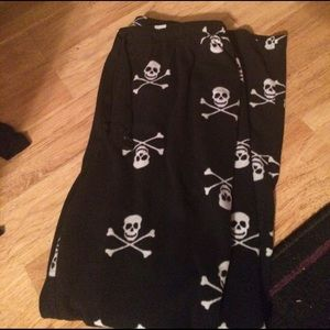 croft & barrow Other - Fleece Skull Pajama Pants Size Large with Pockets