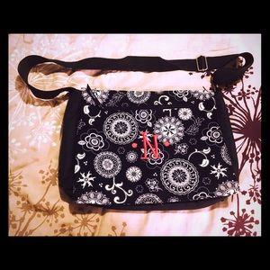 Thirty One Handbags - Thirty One Messenger Bag