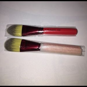 MAC Cosmetics Other - MAC 190SE Foundation Brush Limited