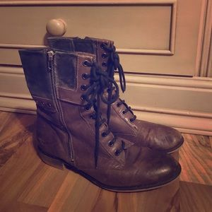 Boutique 9 Gray Rivit Combat Boots lace-up zipper