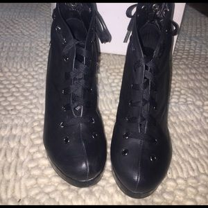 Urban Outfitters Shoes - Cool, Casual wedge platform boots