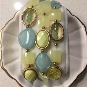 Jewelry - Fun Summer Bead Bracelet!