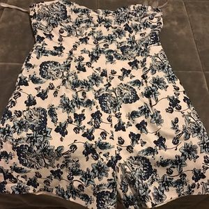 Lucca Couture Dresses & Skirts - Luca floral romper