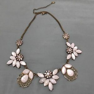 White and Gold Flower Statement Necklace!