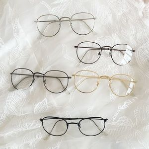 1a89899482 Brandy Melville Accessories - Aesthetic Gold Frame Glasses