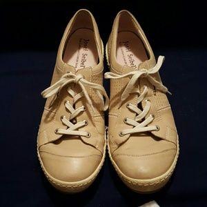 Josef Seibel Shoes - Josef Seibel Caspian European comfort walking shoe