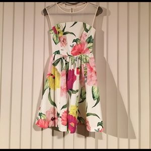 Gorgeous Ted Baker summer dress!!! NWOT