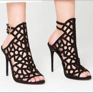 ZARA Leather Sandals / High Heels