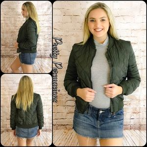 Pretty Persuasions Jackets & Blazers - NWT Green Quilted Bomber Jacket