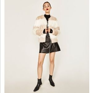 Zara contrast white and tan short faux fur coat