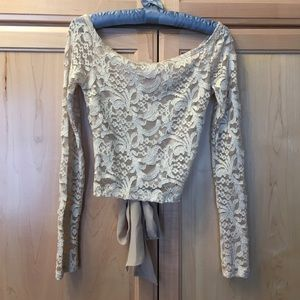 Tops - Gold tone lace dressy top long sleeved SMALL