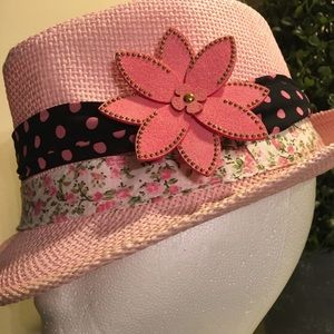 Accessories - Pink and Black • Fedora Hat