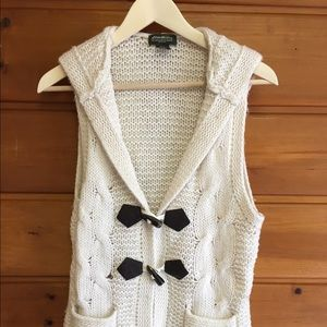 Eddie Bauer Cream Chunky Knit Sweater