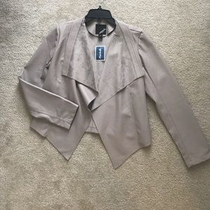 Collection B Jackets & Blazers - NWT Adorable Taupe jacket size small