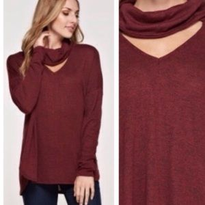 Tops - RESTOCKED❗NWT Cowl / Choker Loose Fitting Top