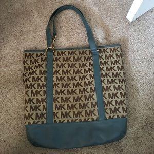 Michael Kors Handbags - Michael Kors tote 👜