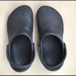 CROCS Shoes - Crocs black with no holes