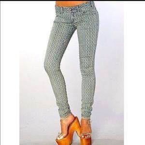 Free People Denim - 1 day sale! HP! 🎉 Free People skinny jeans 👖