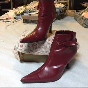 Fashion Bug Shoes - Pointy Red Ankle Boots