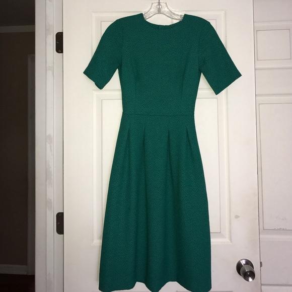 H M Dresses Hm Green Textured Midi Dress 2 Poshmark