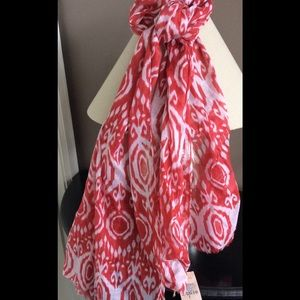 2 Chic Accessories - 2 Chic NWT Scarf