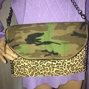 Deena & Oozzy Handbags - Cute Urban Outfitters Deena & Ozzy cross bag