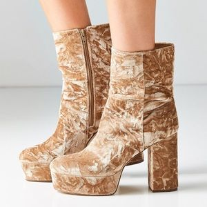 Urban Outfitters Shoes - Urban Outfitters 'Michelle Velvet Platform Boots'